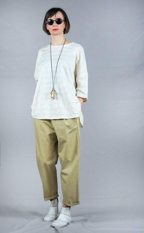 apuntob – T-shirt over bianca e beige
