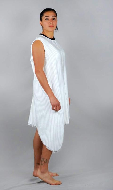 sn° – Vestito gessato bianco